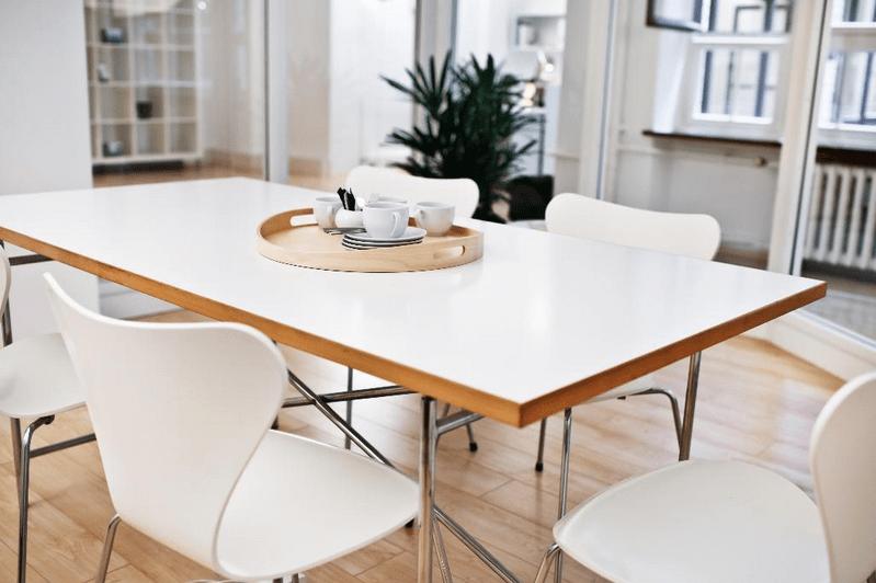 Freie Büroflachen – Meetingraum